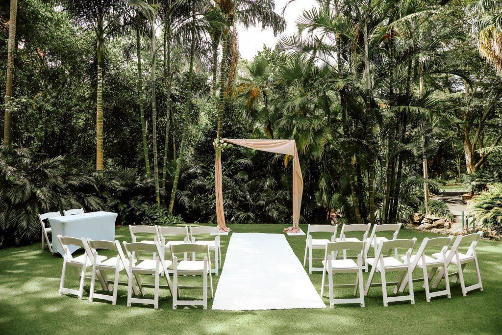 Botanic Gardens Mt Coot-tha wedding arbour