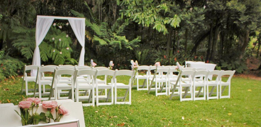 Brisbane botanic gardens wedding styling
