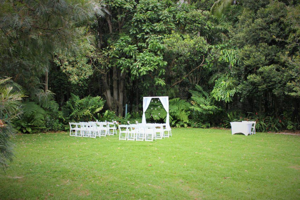 City botanic gardens wedding styling