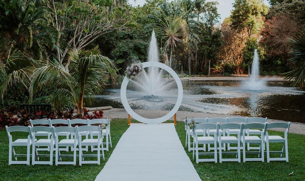 Brisbane City Botanical gardens wedding decor