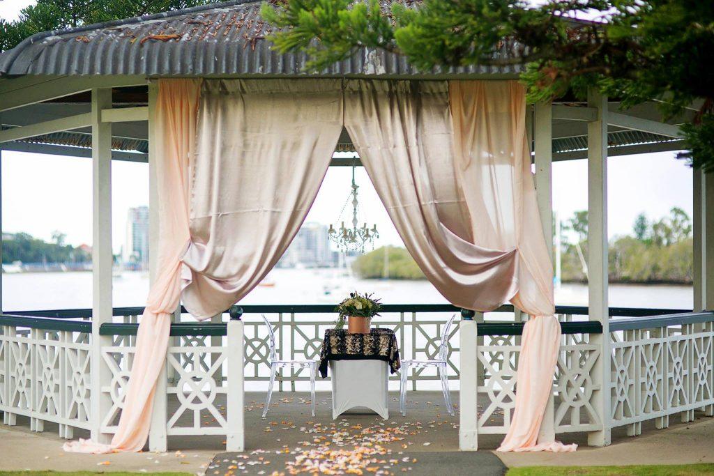 Newstead Rotunda Wedding ceremony decoration