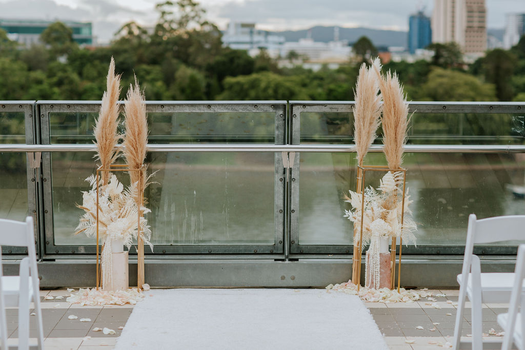 dried flower wedding ceremony styling